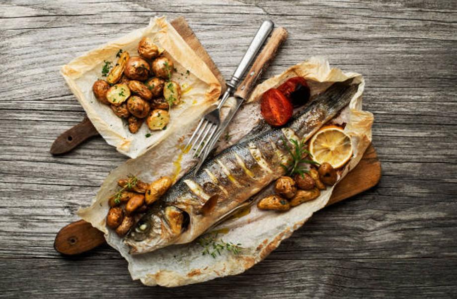 Branzino al forno con patate ittica quarnero for Cucinare branzino